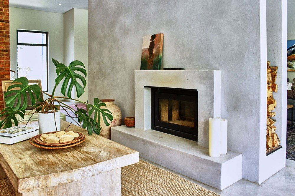 fireplace with coated hearth and mantel